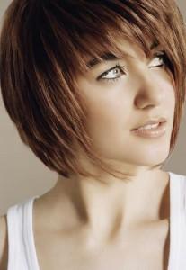 photo de coiffure simple jeune femme 2012