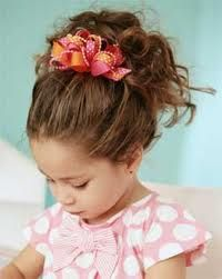 photo de coiffure simple bébé fille