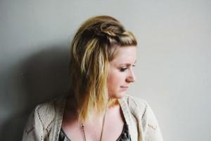 Modèle de coiffure pour les cheveux courts