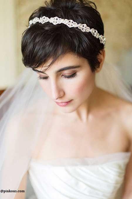 20 Modeles De Coiffures Pour Mariees Cheveux Courts Magnifique
