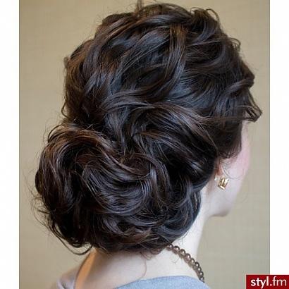 15 belles coiffures que vous pouvez adopter pour vos soir es coiffures soir es 2015 coiffure - Coiffure soiree simple ...