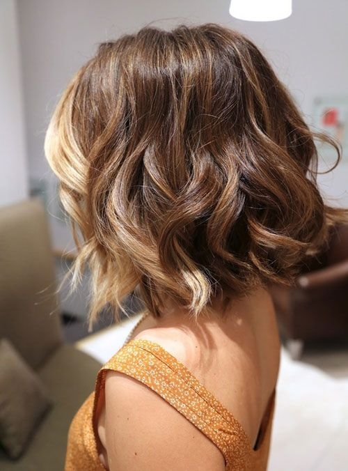 30 ombr hair sur cheveux courts tendance 2015 coiffure for Ombre mittellang