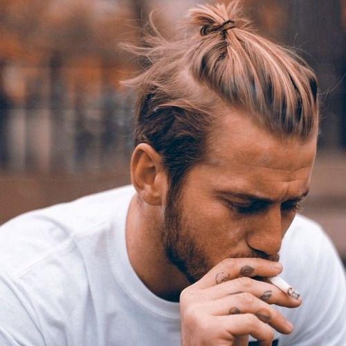 Coupe cheveux homme chignon