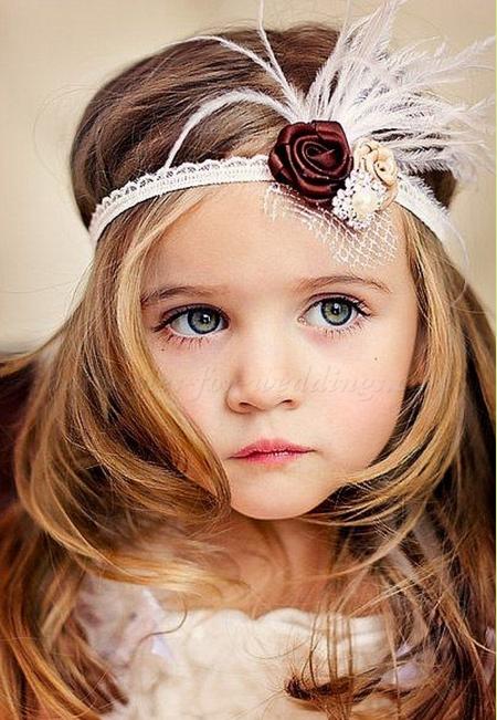 Coiffure petite fille pour mariage coiffure simple et facile - Coiffure petite fille simple ...