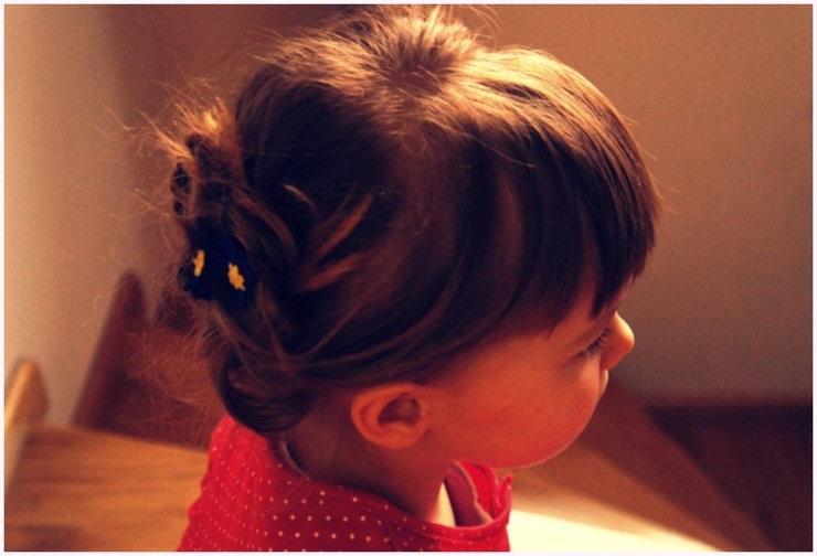 7 magnifiques coiffures pour petite fille coiffure simple et facile - Coiffure fille simple ...