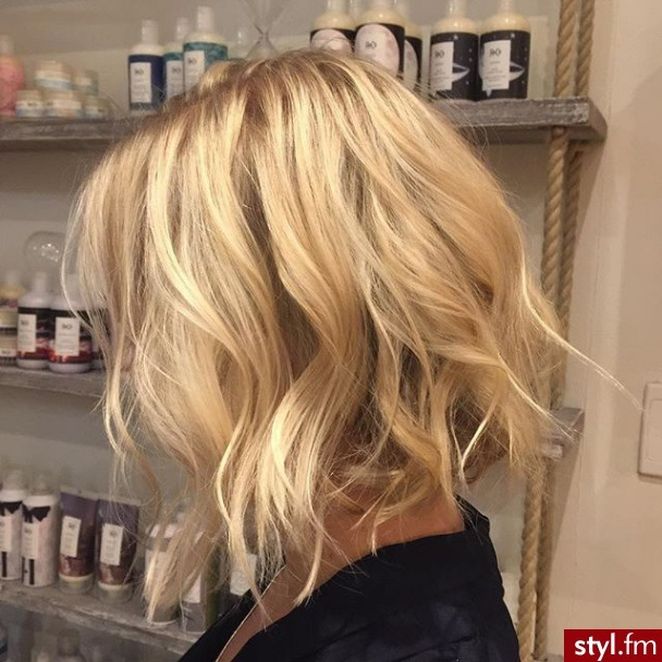 Cheveux Mi-longs  29