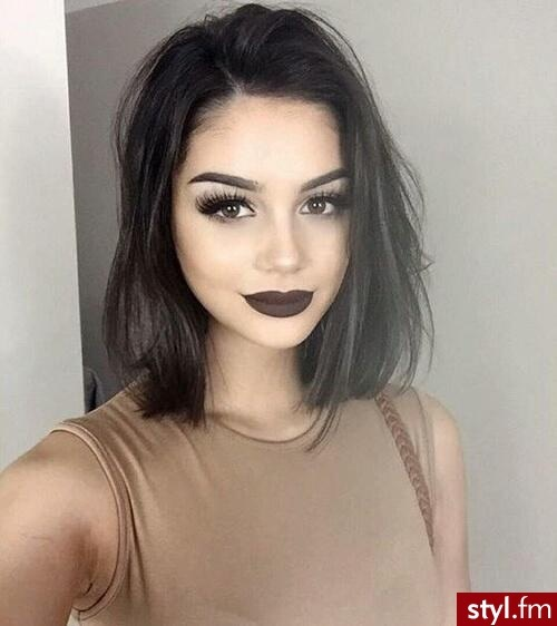 Cheveux Mi-longs  9