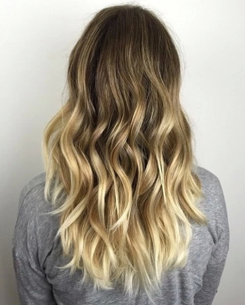 Idées-de-Balayage-Blonds-Caramel-et-Marrons-36