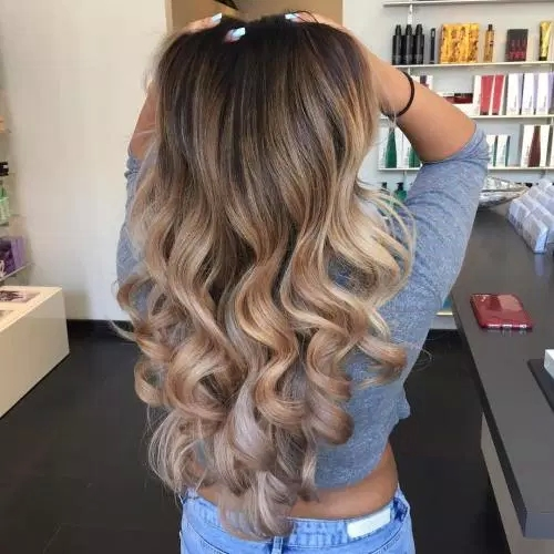 Idées-de-Balayage-Blonds-Caramel-et-Marrons-40