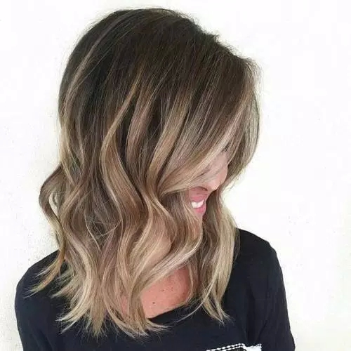 Idées-de-Balayage-Blonds-Caramel-et-Marrons-6