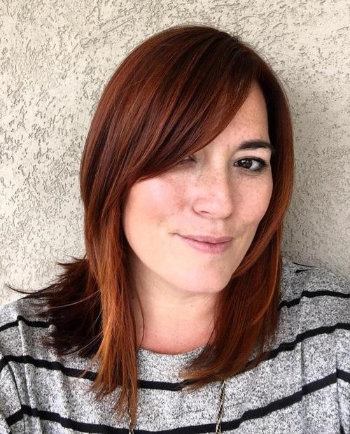 cheveux Mi-longs 49
