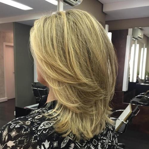 cheveux Mi-longs 55