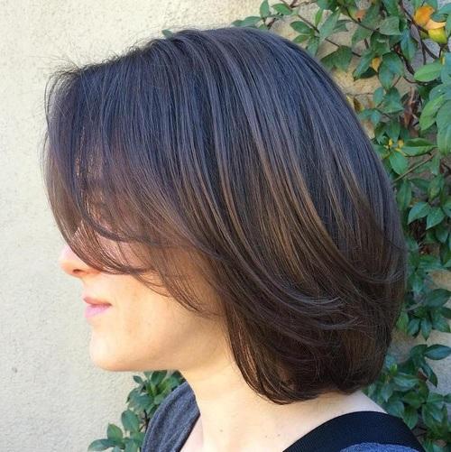 cheveux Mi-longs 77