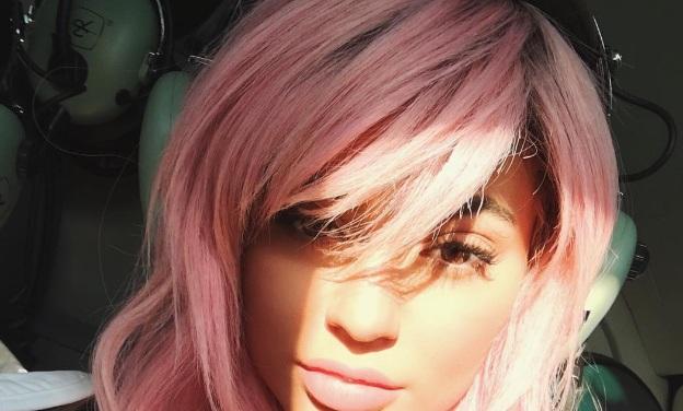 Couleur des cheveux Kylie Jenner  18