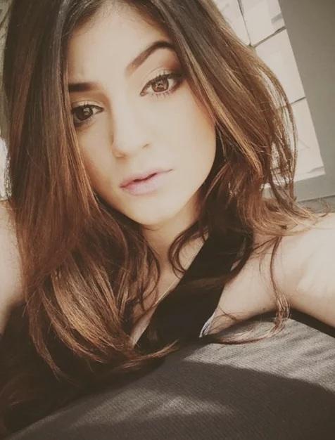 Couleur des cheveux Kylie Jenner  3