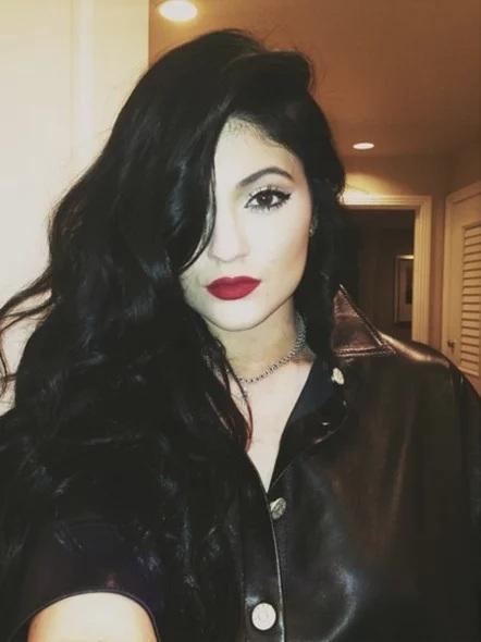 Couleur des cheveux Kylie Jenner  4