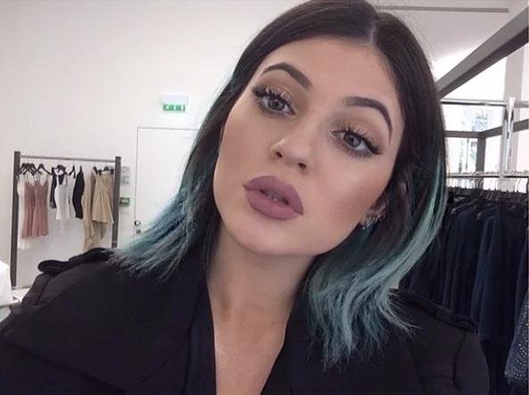 Couleur des cheveux Kylie Jenner  7