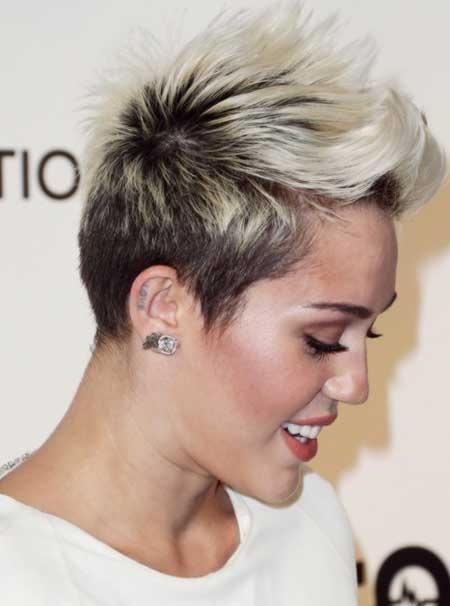 Derniers Celebrity coiffures courtes 9