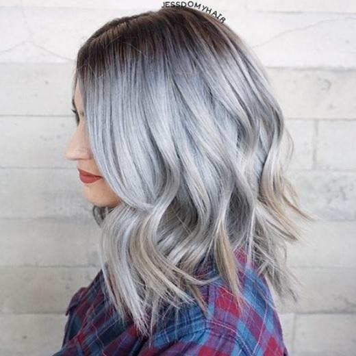 Magnifiques Couleurs Cheveux Mi-longs 27