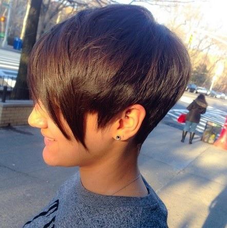 Tendance à court Haircuts 7