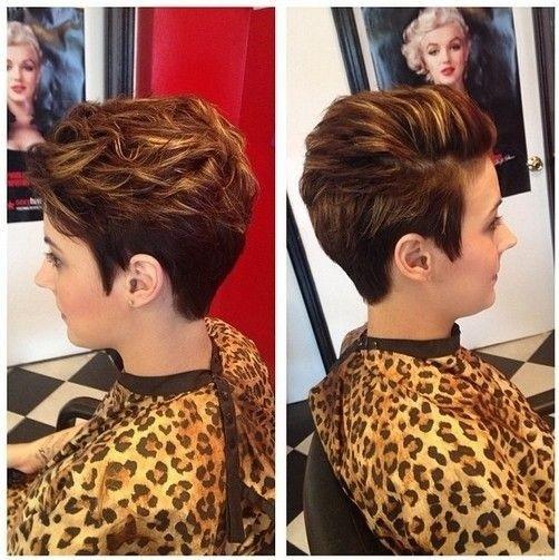 Tendance à court Haircuts 9