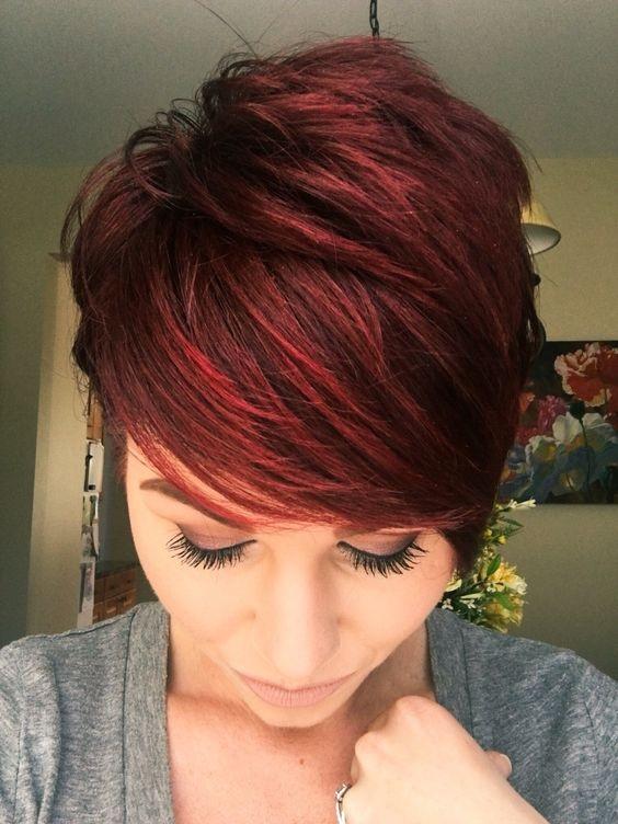Auburn Cheveux Courts 10 T 234 Tes Rouges Qui Coupent Le