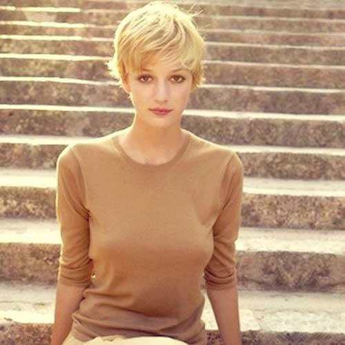 cheveux-court-blonde-23