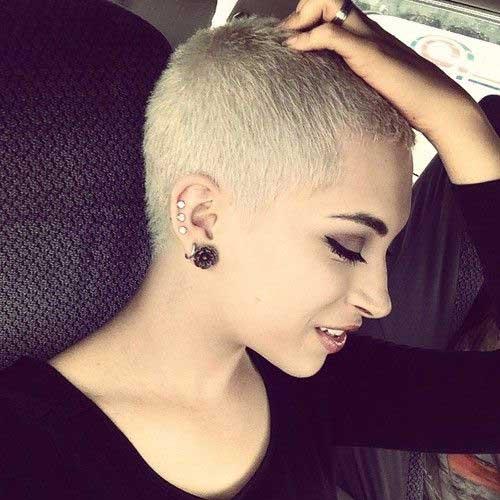 cheveux-court-blonde-3