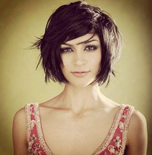 cheveux-de-longueur-avec-une-frange-3