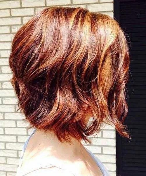 cheveux mi-longs 46