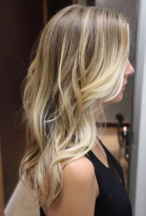 cheveux mi-longs 47