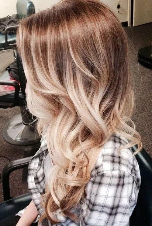 cheveux mi-longs 48