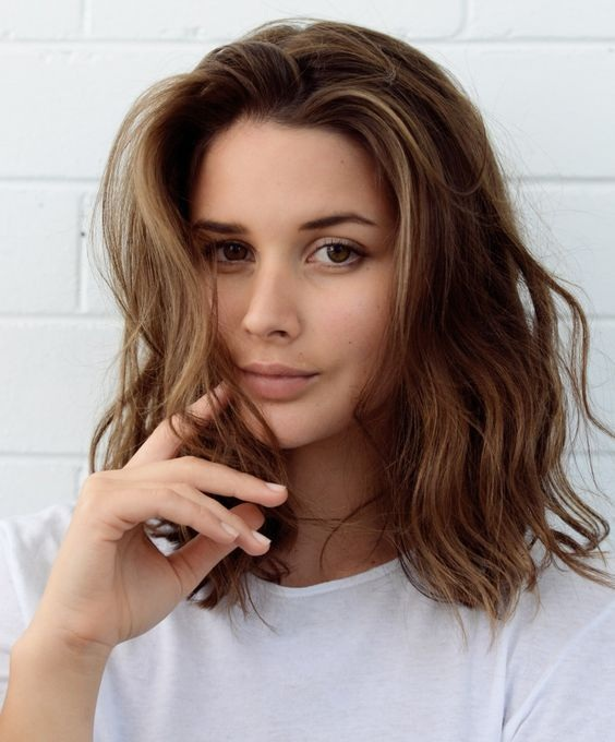 coiffures mi-longs 17