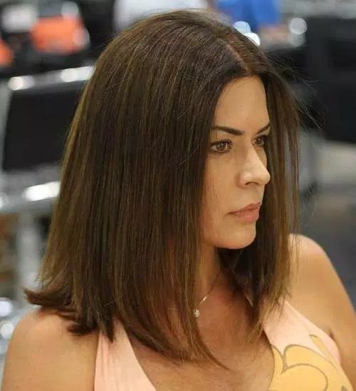 coupe-cheveux-mi-long-12