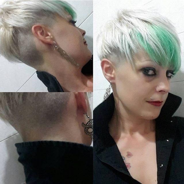 Cheveux rasés 22