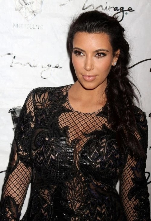 Les Meilleurs Changements Capillaires de Kim Kardashian 1