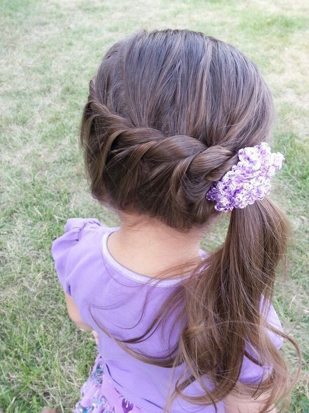 20 magnifiques coiffures pour petites filles coiffure simple et facile - Coiffure fille simple ...