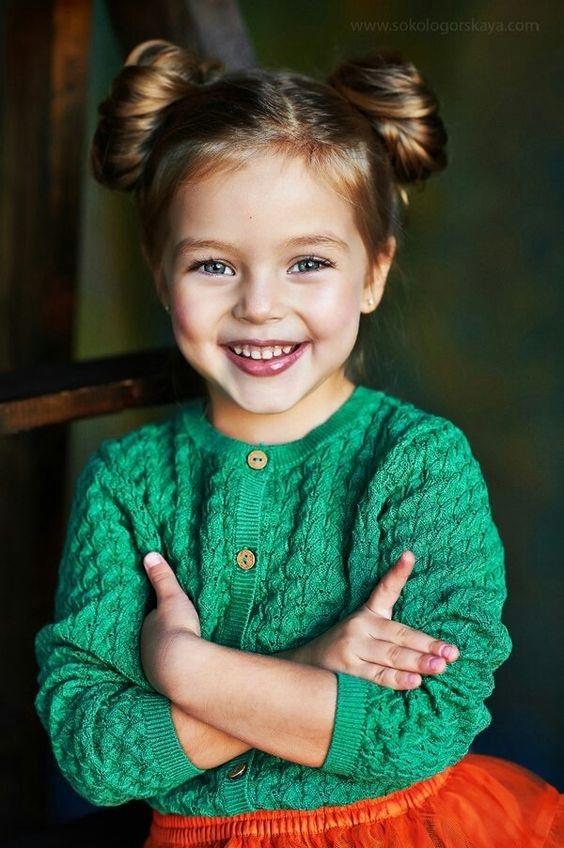 Modèles de Coiffures pour Petites Princesses 16