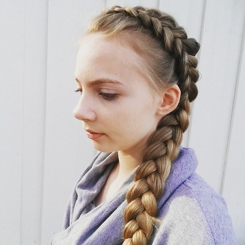 Tressé Hairstyle  19