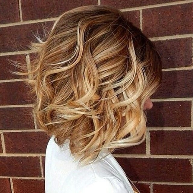 cheveux de longueur moyenne 10