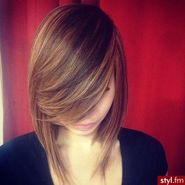 les plus élégantes pour cheveux  mi-longs 17