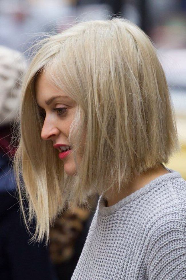 Coupes-Carrées-Blonde-19
