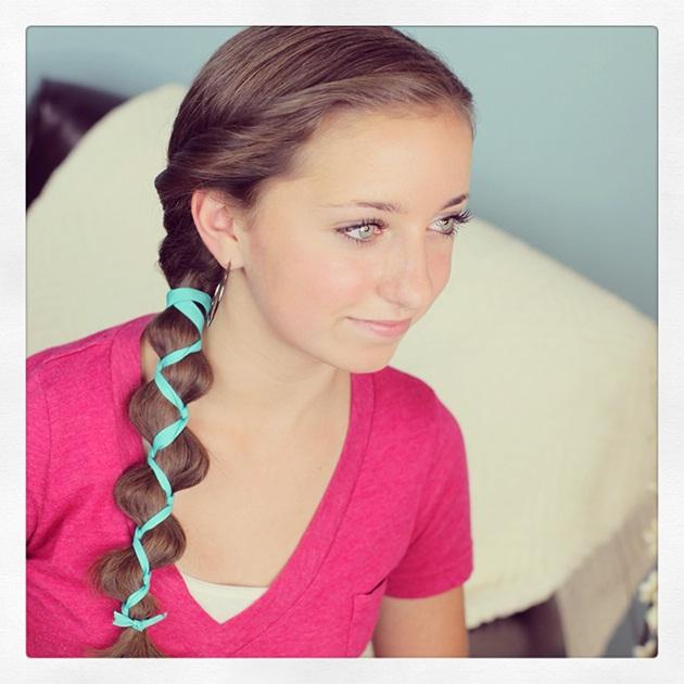 id es de coiffures pour petites filles coiffure simple. Black Bedroom Furniture Sets. Home Design Ideas