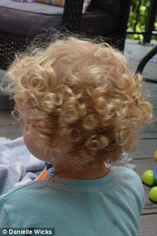 Les cheveux de Ses Trois Enfants 8