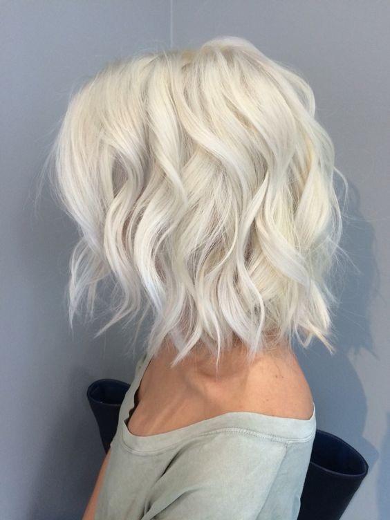 coupes cheveux mi-longs 4