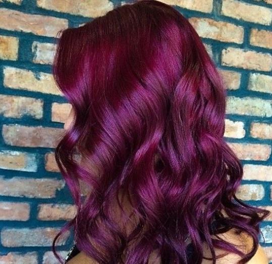 les-cheveux-framboise-3