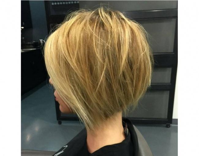 les-cheveux-mi-longs-26