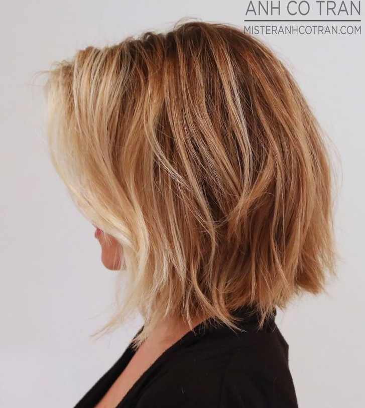 modeles-de-cheveux-mi-longs-1