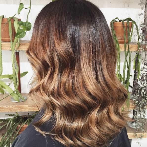 balayage-cheveux-marron-caramel-28