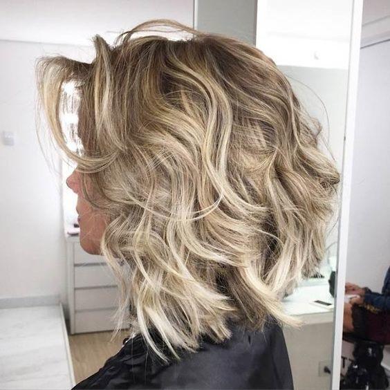 Cheveux Mi-longs 2017 : Voici Nos Meilleures Propositions !  Coiffure ...